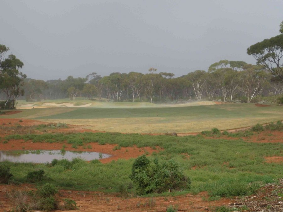 CY O'Connor hole, Kalgoorlie on a misty morning